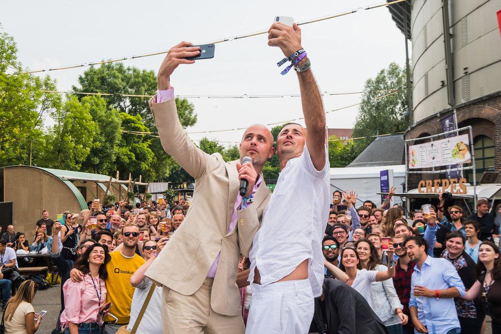 305488 boris patrick selfie picture 238c94 large 1551719841