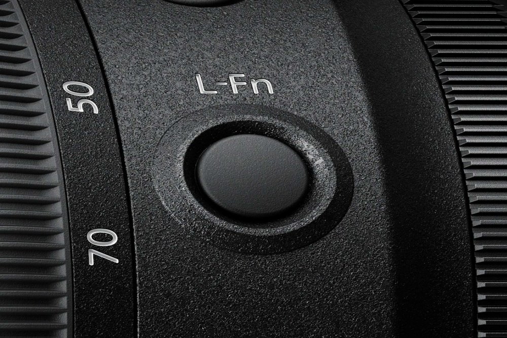 303476 24 70mm f2.8 lens fnbutton 1920x1280 1d2fb5 large 1550055671