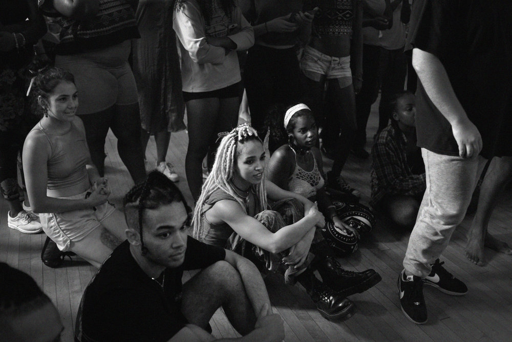 231711 fka twigs baltimore dance project  photo jamie james medina 8527aa large 1481102421