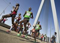 78396 marathonrotterdammarathon01 2011 marcodeswartfotografie marcodeswart 34439 medium 1365640892