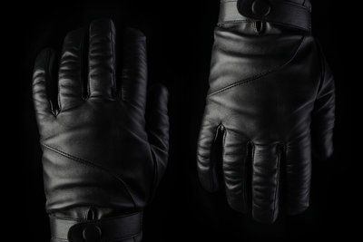 111513 021b8fa8 db00 4275 b10c f9f18e15da90 leather touchscreen gloves by mujjo img 0189 medium 1382541081