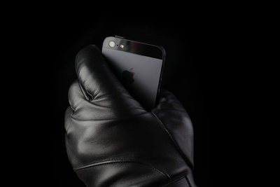 111514 34b07b07 8d8f 4698 bc76 c36126be7491 leather touchscreen gloves by mujjo img 0207 medium 1382541082