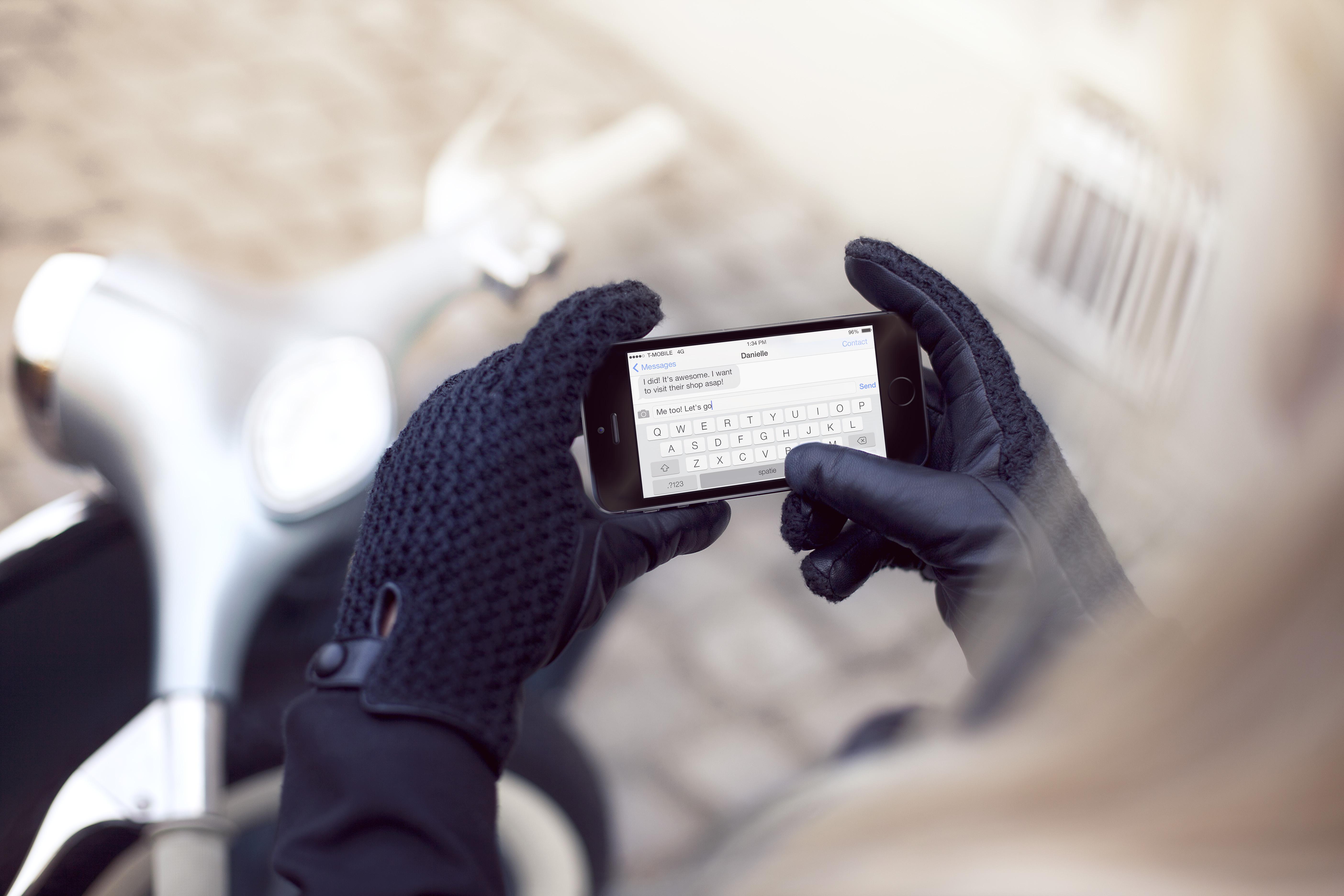 Womens black leather gloves medium - Womens Black Leather Touchscreen Gloves