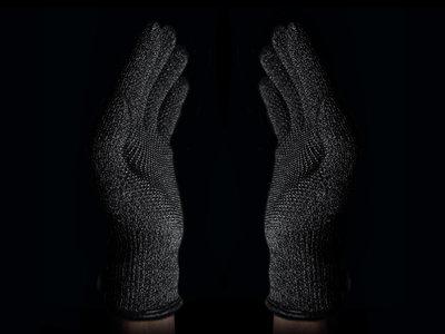 116125 61ae1530 b336 45ff 9f71 64b75a4294c1 double layered touchscreen gloves 002 medium 1385588005