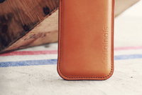 86121 leather iphone sleeve   originals collection003 medium 1365627134