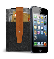 89217 iphone 5 wallet sleeve and iphone black originals collection medium 1365630586