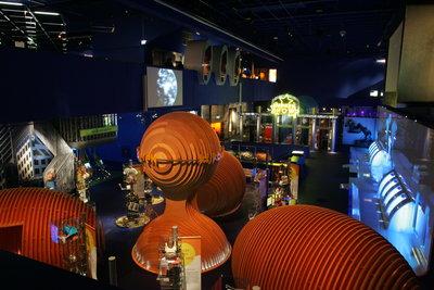 De activiteiten in de Beeld en Geluid experience zijn verdeeld in 15 themapaviljoens.