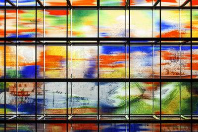 Detail van de glasgevel van Beeld en Geluid. Foto: scagliolabrakkee
