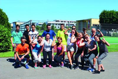 169854 fitness%20couch%20lunden%20souza%20mit%20klasse 2 6af032 medium 1433770034