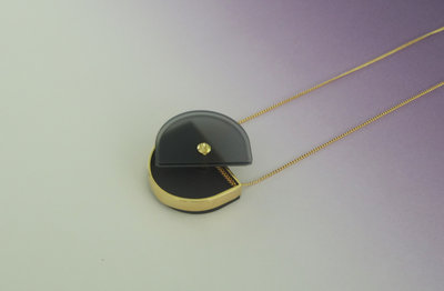 229596 memory%20locket%20smokey%20black%20open 78ec2a medium 1479102356