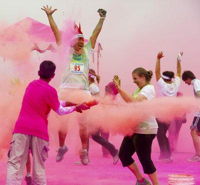 142950 pinkcolorthrow 1f6de7 medium 1411723342