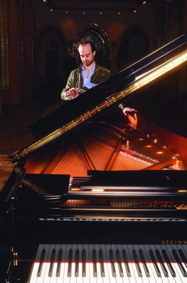 169619 piano cmyk b76e6f medium 1433450659