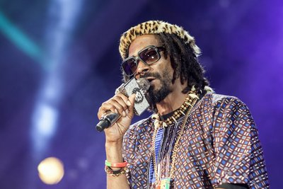 102903 363a5c38 14e1 4605 8c27 c0bd9b12538e snoop 2520lion 2520pictured 2520at 2520mtv 2520africa 2520all 2520stars 2520kwazulu natal 2520 2  medium 1372313253
