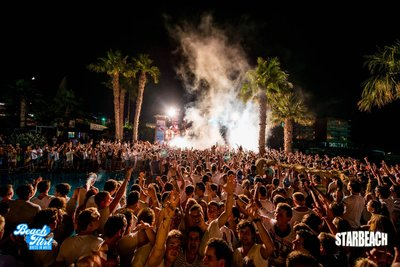 104826 e2e040e2 6e00 49ef ba3f b9c268d54f60 starbeach 2520big 2520crowd 2520night medium 1375100853