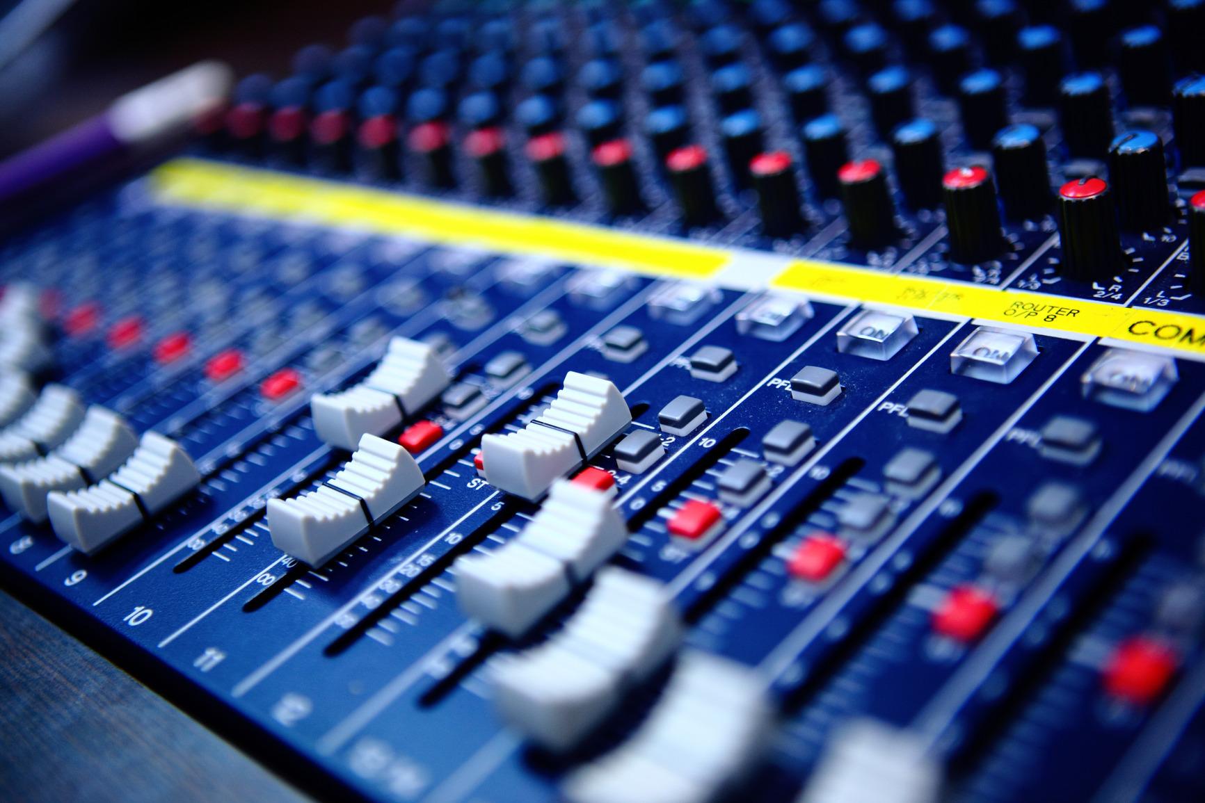 146122 photodune 2783179 controls of audio mixing console m f45863 original 1414038844
