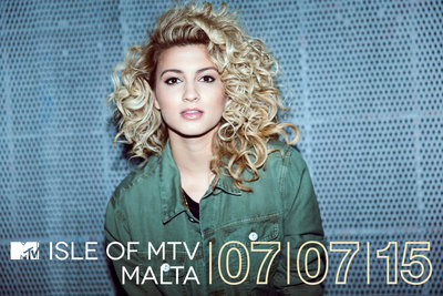169492 tori kelly   approved press shot %231%20%282%29 0dbec1 medium 1433408926