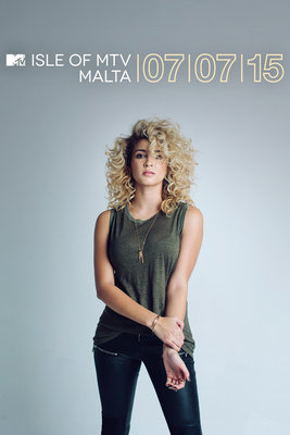 169493 tori kelly   approved press shot %233%20%282%29 ee880a medium 1433408954