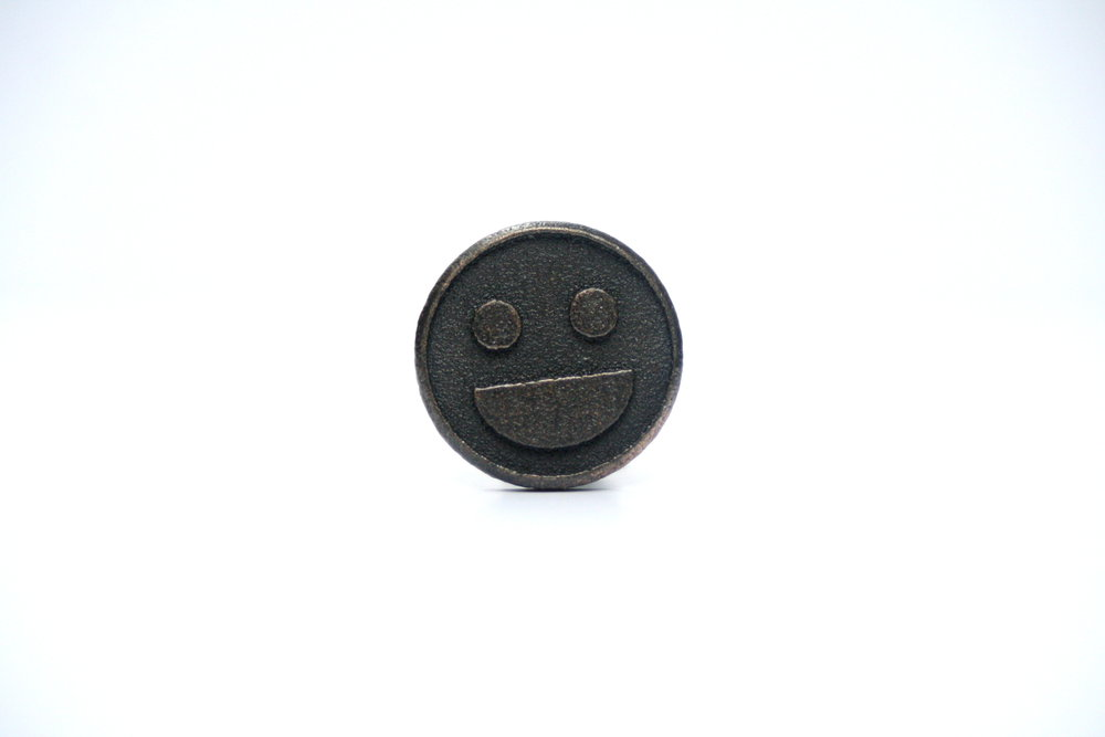 143312 smiley%20cufflink 4c61ea large 1412094447