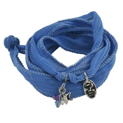 120388 78816182 4e25 4276 a3f9 48cb699a9146 rakhi dazzling blue 252c flow medium 1390993126