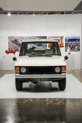 242343 02 50 jaar velar het verhaal van range rover a work of art 259f6b medium 1491311919