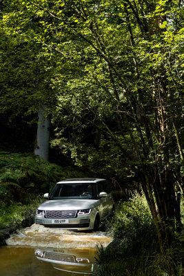 261105 23 range rover ook als plug in hybride 70acd7 medium 1507561251