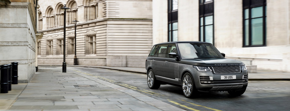 266162 02 land rover onthult range rover svautobiography 79dc9e large 1511858194