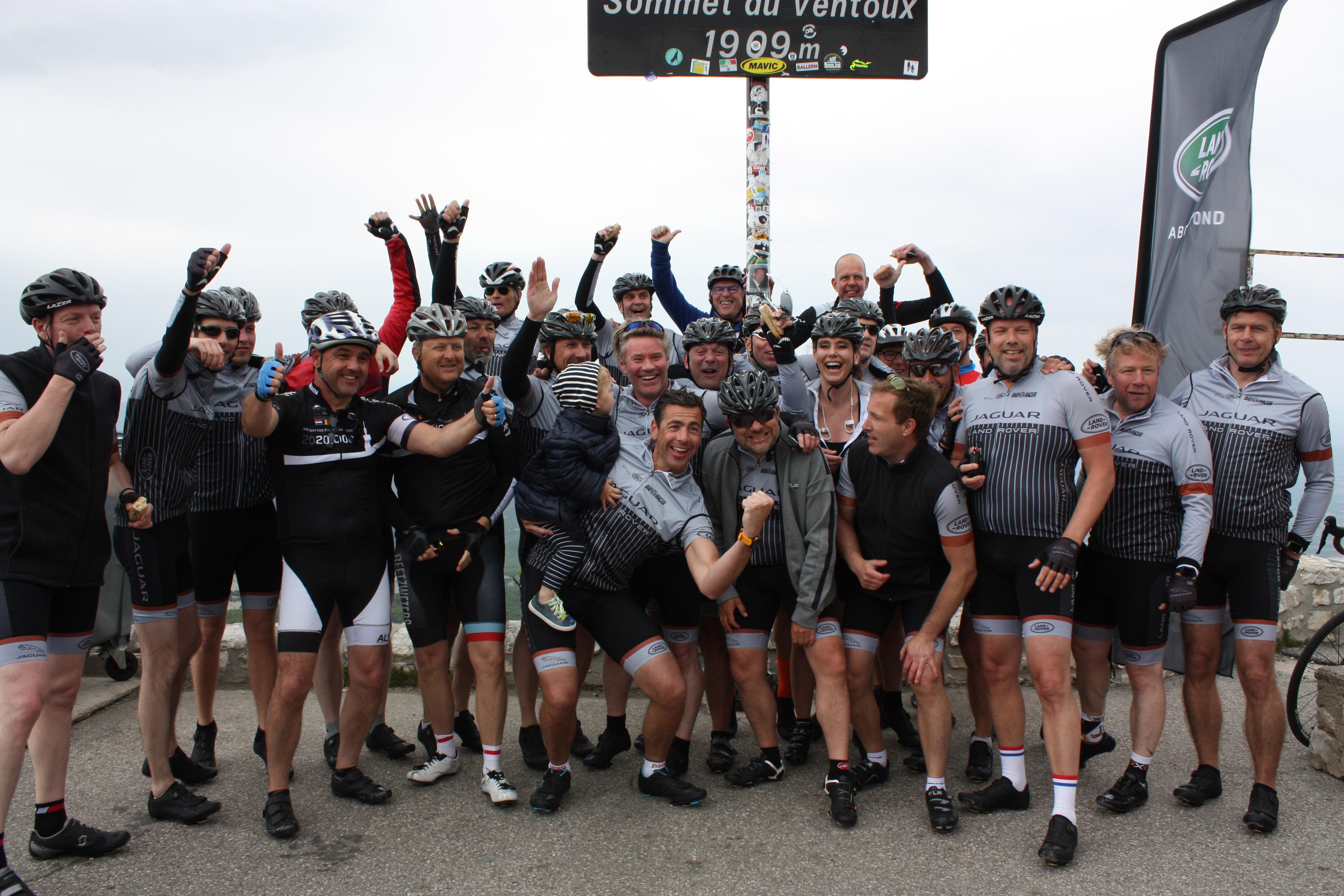 284914 jlr leden beklimmen mont ventoux per fiets 04d021 original 1531395432