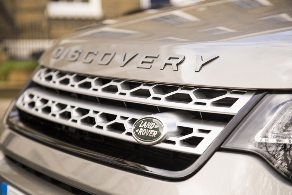 308997 land rover the out 06 068a56 large 1554736335