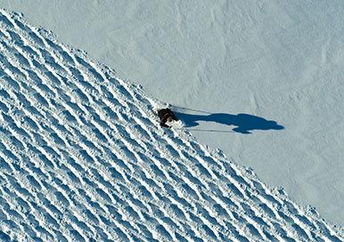 350287 07 land rover en anthony joshua vieren 50 jaar range rover met unieke sneeuwkunst thumb cd3025 large 1584457145