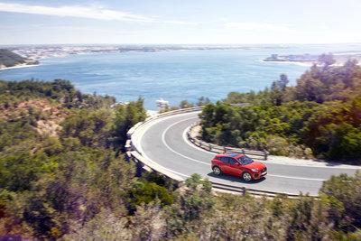 253516 08 jaguar e pace compacte performance suv 5758d5 medium 1499952256