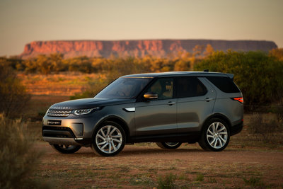 258728 06 land rover discovery sleept roadtrain door australische outback 5b4151 medium 1505898272