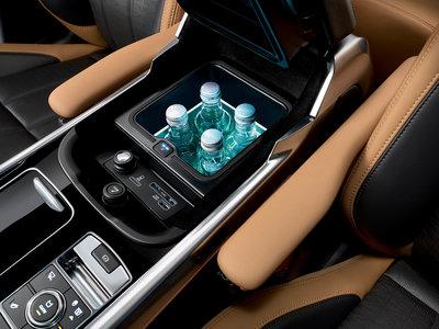 260328 rrs 18my 041017 interior 10 c0bea8 medium 1507060332