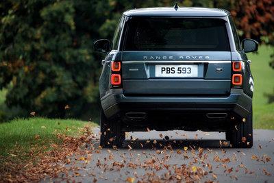 261111 17 range rover ook als plug in hybride e6271c medium 1507561293