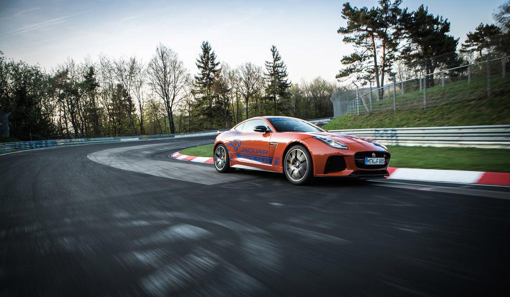 279511 03 jaguar f type svr en xjr575 racetaxi 5f86c8 large 1525702686