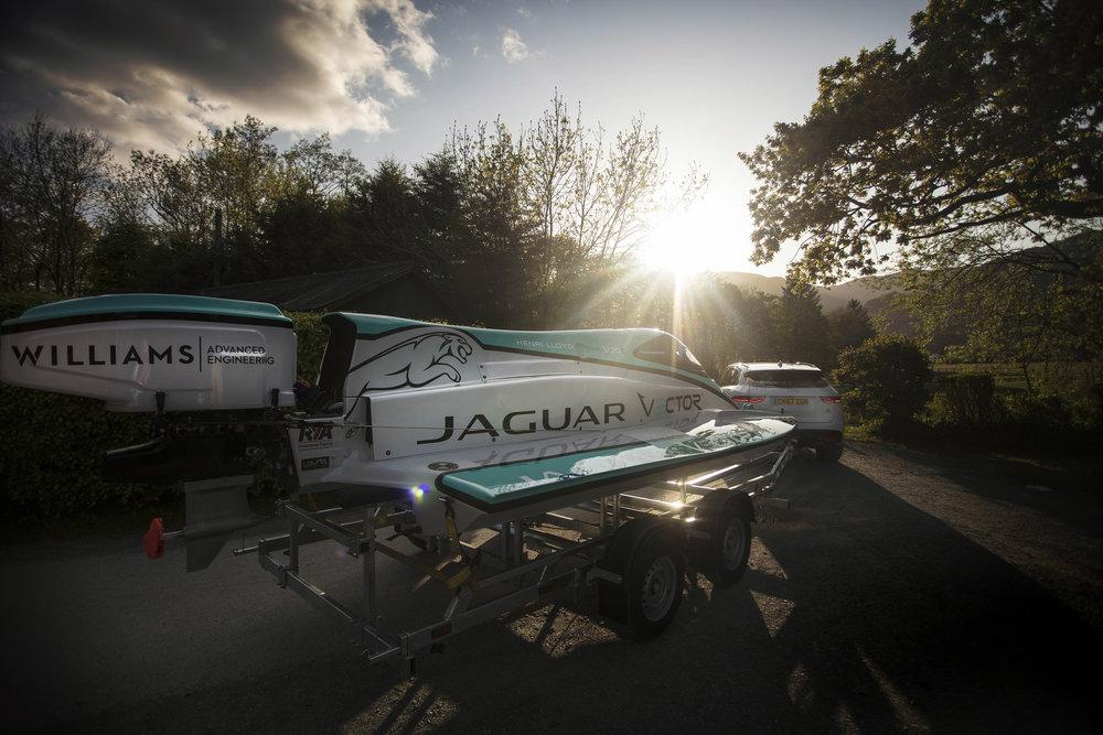 283038 03 jaguar vector racing v20e d03afb large 1528979270