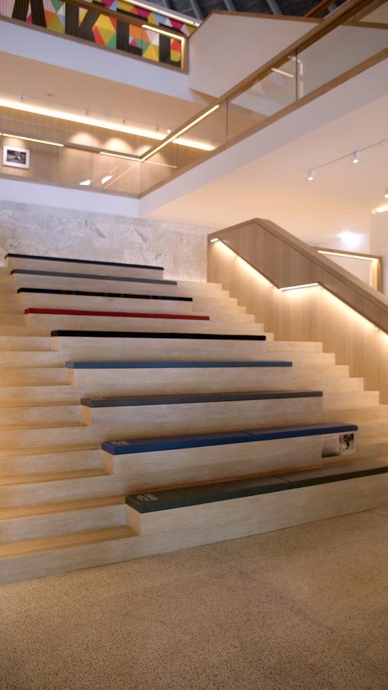 283951 08 70 jaar land rover materiaalinnovatie in london design museum ac9321 large 1530172316