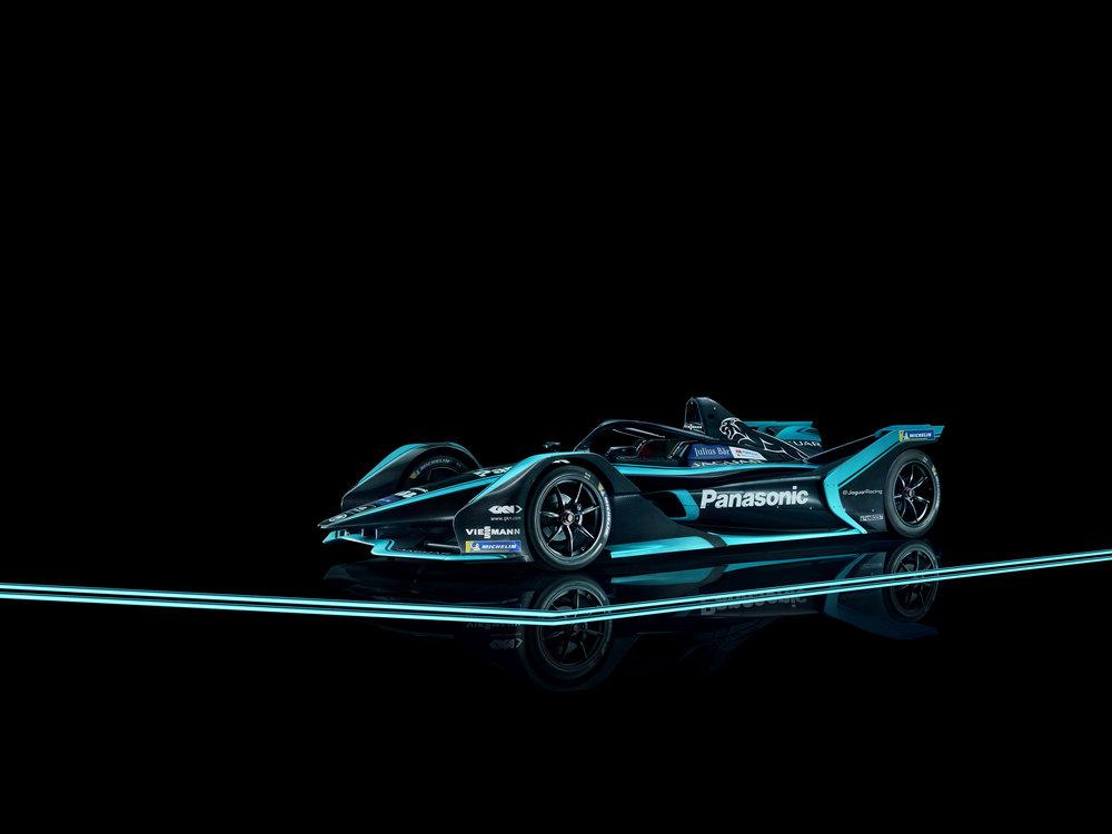 298905 06 jaguar panasonic racing 0aea11 large 1544632729