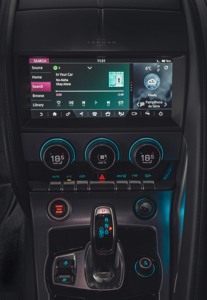 345399 09 ingebouwde spotify voor nieuwe jaguar f type en modellen met sota 59a638 large 1581685657