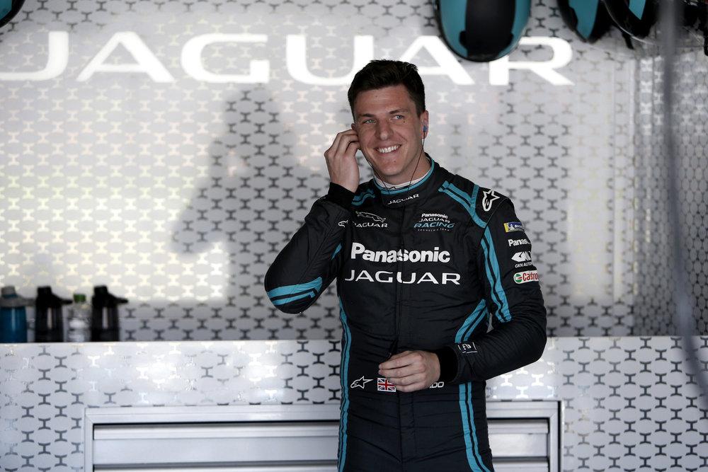 348431 02 mitch evans marrakesh panasonic jaguar racing be6d14 large 1583147204