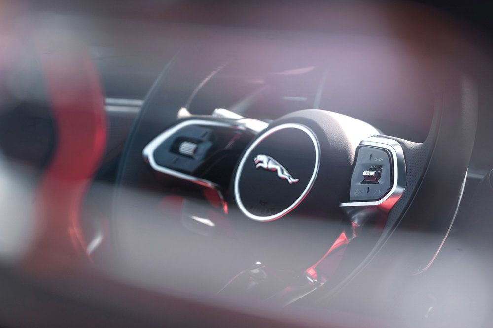 364516 jag f pace 21my 13 location interior 25 detail 150920 7810c8 large 1600091383