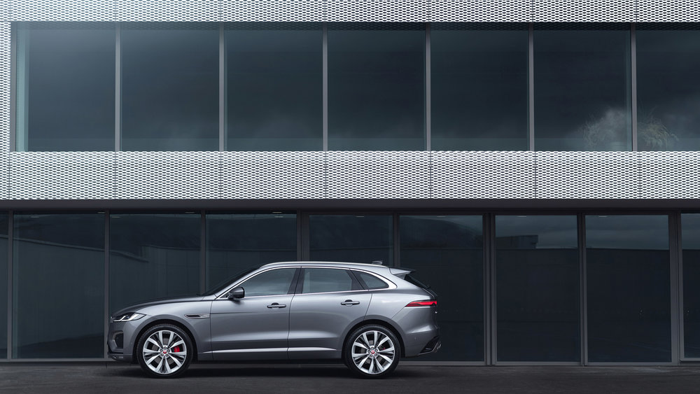 364519 jag f pace 21my 19 location static 03 side 150920 2d9ff6 large 1600091384
