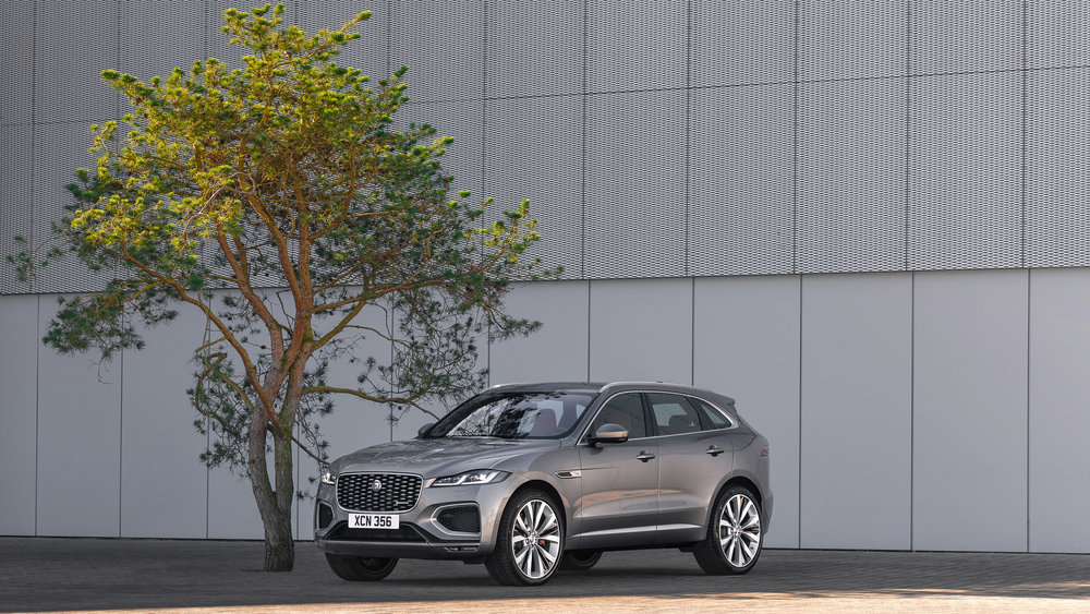364532 jag f pace 21my 26 location static 10 front 3qtr 150920 a23b1f large 1600091428