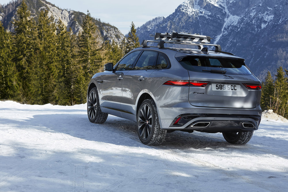 364534 jag f pace 21my 32 location static 150920 si 030 glhda 26014e large 1600091429