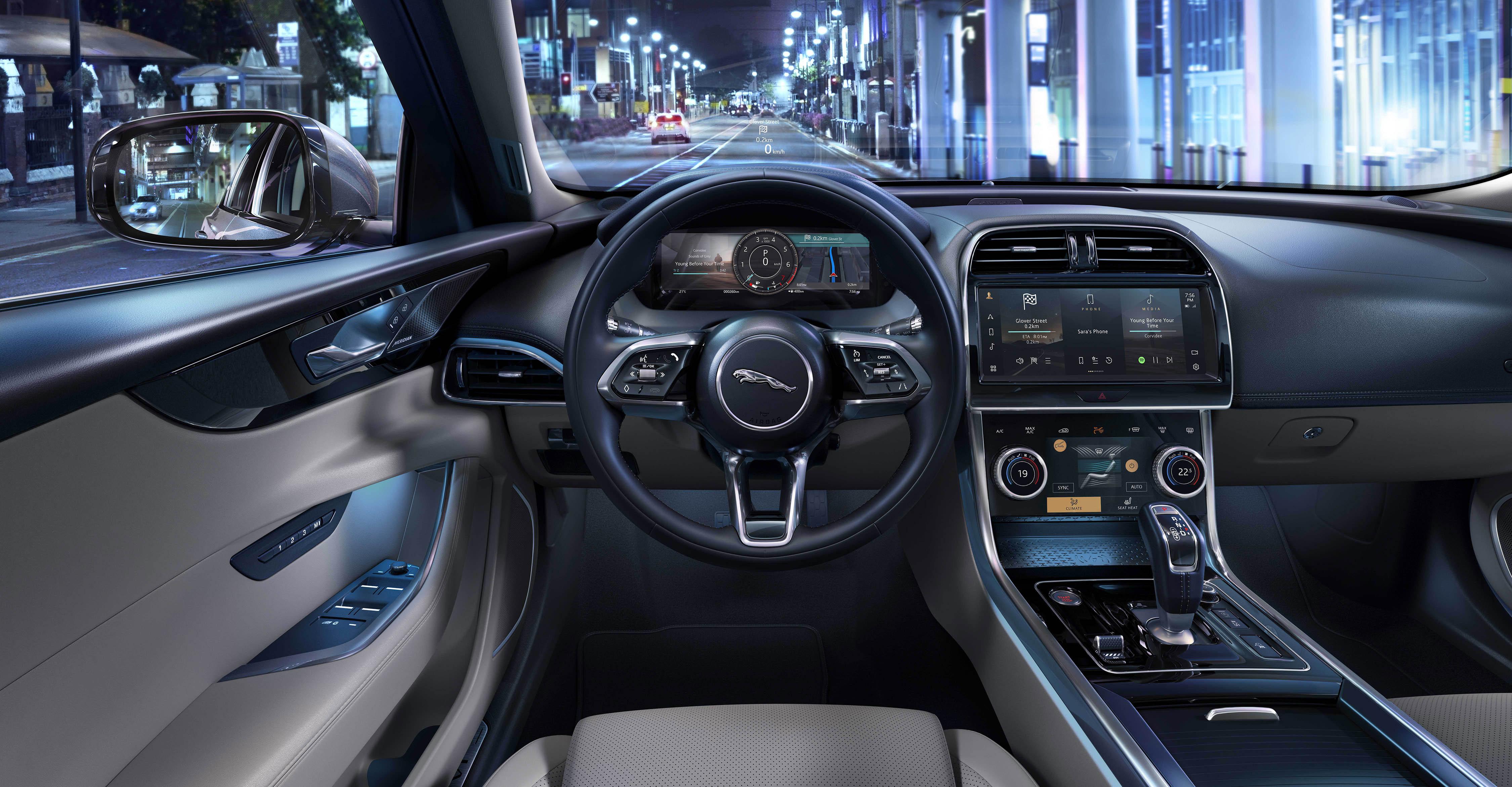 366798 jag xe 21my interior 061020 a039 glhd 077b3a original 1601906350