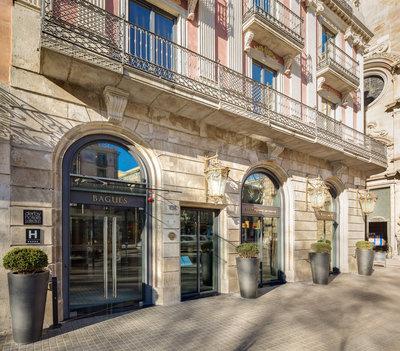 207747 hotel%20bagues%20print%20online af1564 medium 1462892965