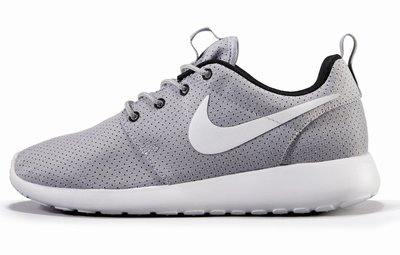 141858 51%20jd141%20nike%20roshe%20gry%20wht%20w15%20on%20white%20paint aa7206 medium 1410959870