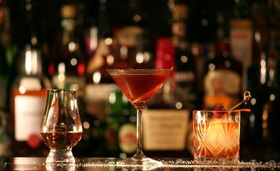 155053 1024px rum%2c manhattan%2c tequila old fashioned 22aed4 medium 1422544349