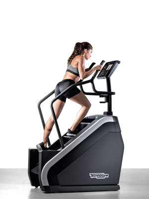 228166 technogym%20climb woman%20%28002%29 e45df7 medium 1477406160