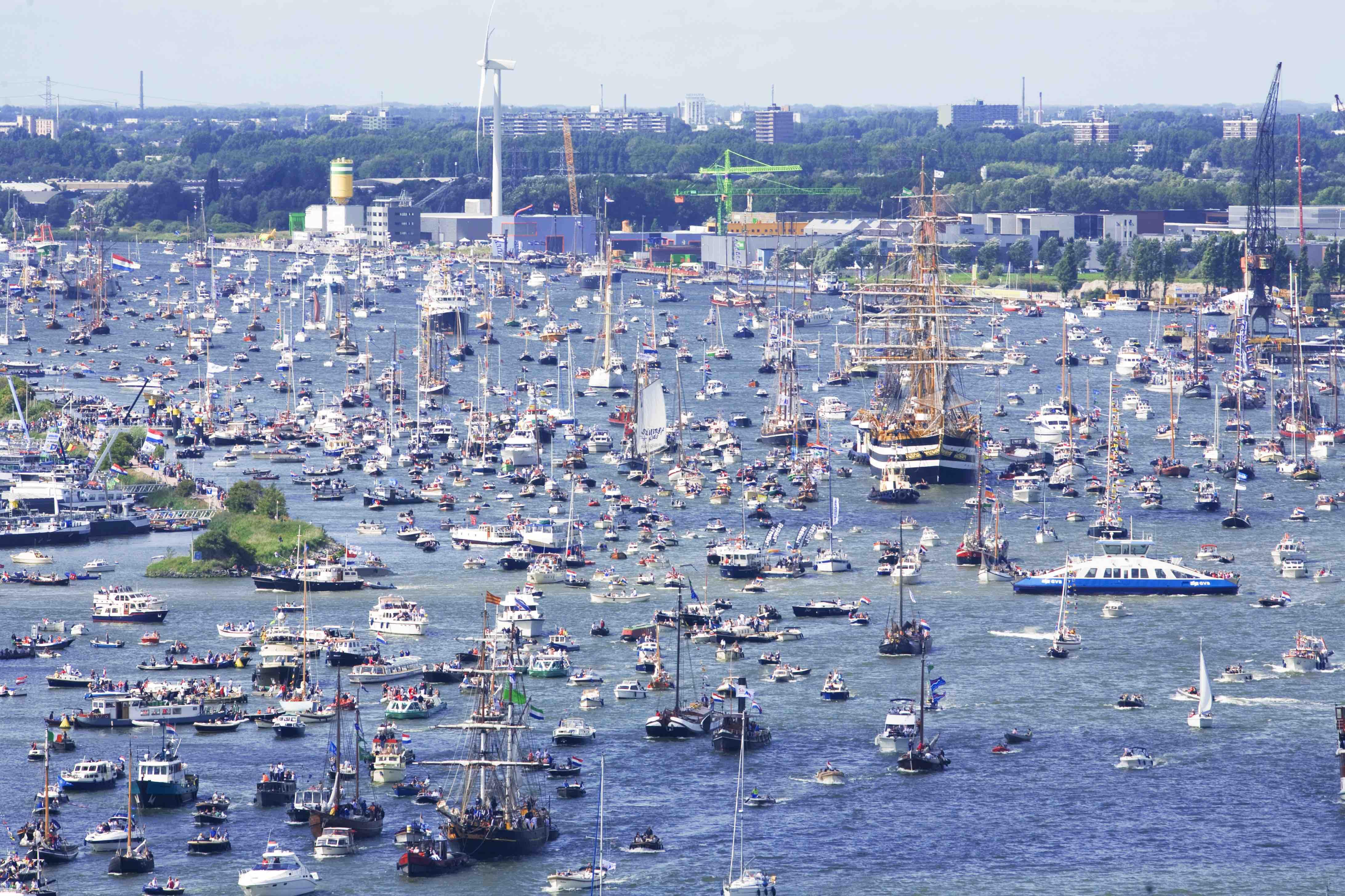176496 sail 2015 01 dff28f original 1439848976