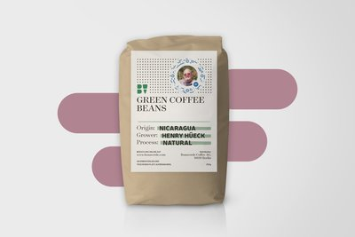 273074 1%20henry%20hueck%20green%20coffee%20beans.%20nicaragua.%20farmer%20henry%20hueck 21c84f medium 1519301626